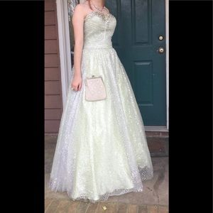 Tony Bowls formal gown